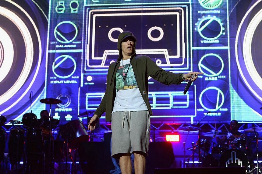 Eminem performs at Samsung Galaxy stage during 2014 Lollapalooza Day One at Grant Park on Aug 1, 2014 in Chicago, Illinois. -- PHOTO: REUTERS