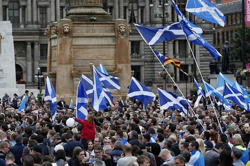 A pro-independence gathering at George Square in Glasgow, on Sept 16, 2014. -- PHOTO: REUTERS