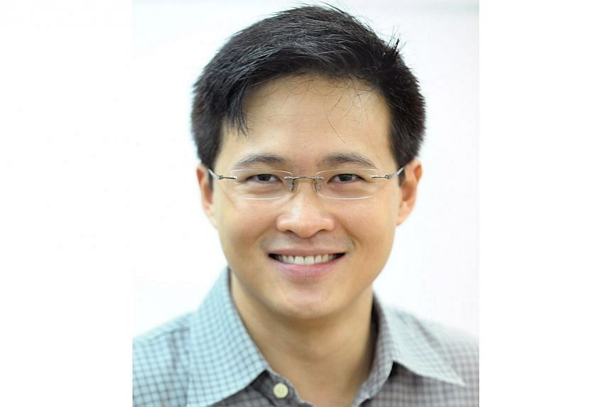 Mr Desmond Choo has been named as the second adviser to grassroots organisations in Tampines East, a ward in Tampines GRC. -- PHOTO: ST FILE