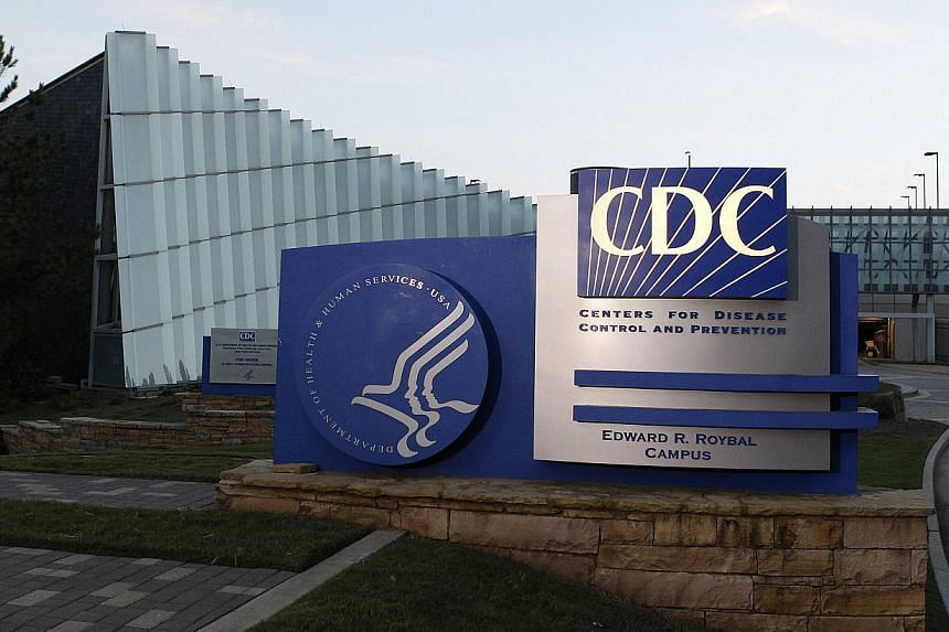 """The US Centers for Disease Control and Prevention (CDC) said there was """"zero risk of transmission"""" on these two flights because the patient showed no symptoms at the time and therefore could not have been contagious, the United spokesman said. -- PHO"""