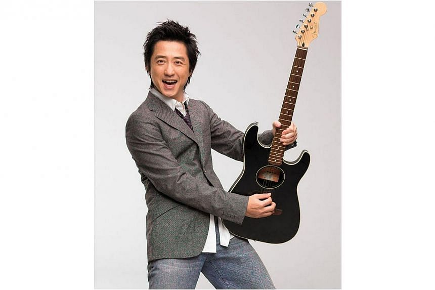 Take a walk down memory lane with Harlem Yu as he sings songs from his latest album, Moonlight That Can't Be Turn Off (2013), as well as his classic hit Can't Help Loving You, the theme song of the 2001 idol drama Meteor Garden. -- PHOTO: HYPE RECORD