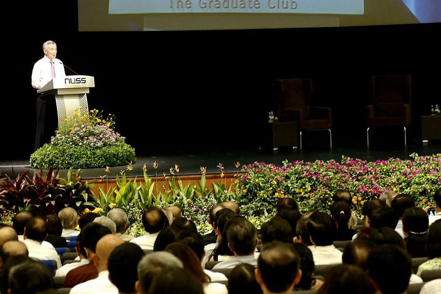 In the address, PM Lee spelt out the need for Singaporeans to focus on three principles: look outwards, be good-hearted but hard-headed about policies and be confident of the future by remembering what it achieved in the past. --ST PHOTO: CHEW