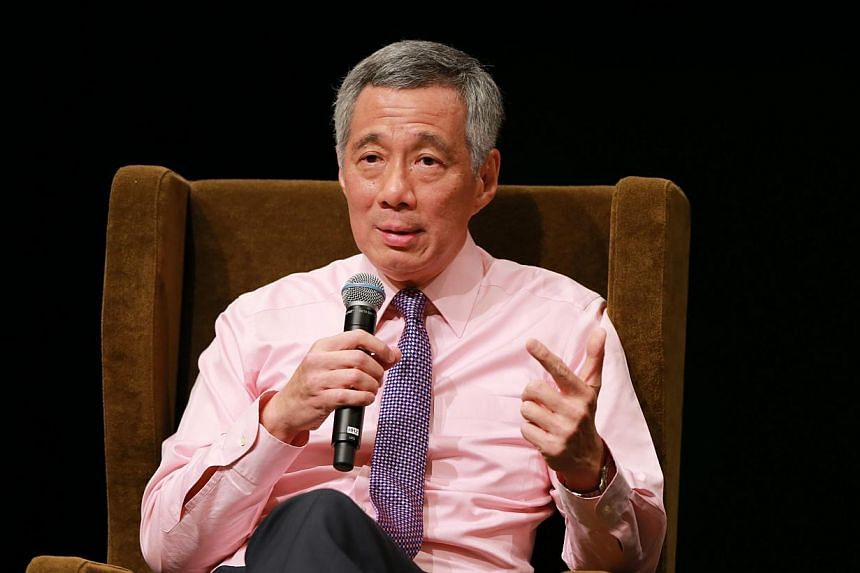 Prime Minister Lee Hsien Loong touched on the dangerous anti-immigrant sentiment that appears to have gripped some Singaporeans, during his speech at the National University of Singapore Society on Friday night. -- PHOTO: LIANHE ZAOBAO