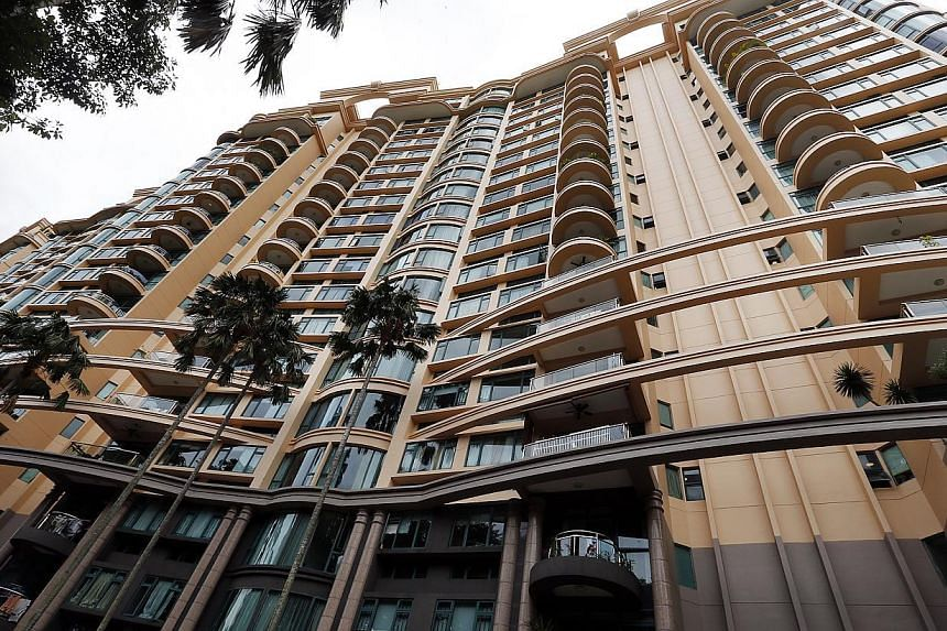Residents of the high-end Thomson 800 condo argue that the sliver of land acquired by the Government is worth at least $5.8 million. But the Collector of Land Revenue is prepared to pay only about $615,000.