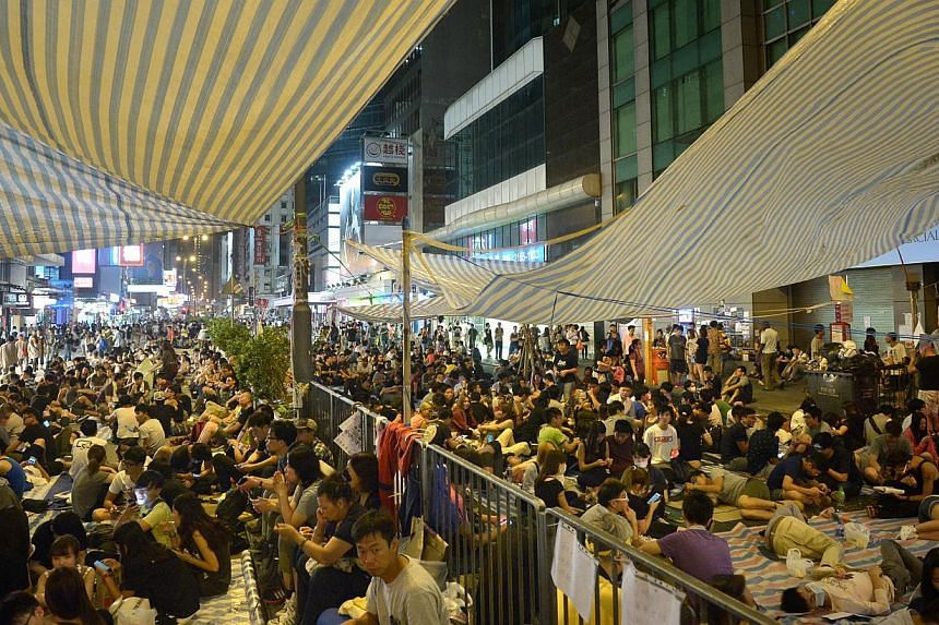 The protesters at Mong Kok on Oct 5, 2014. -- ST PHOTO: KUA CHEE SIONG