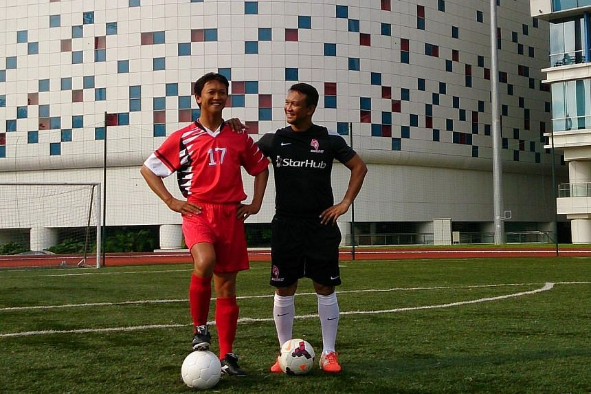 The wax figure of the former Singapore skipper- decked out in the kit of the 1994 Malaysia Cup and Malaysia League winning team - was unveiled Wednesday at a promotional event at the ITE College Central.-- ST PHOTO:DESMOND FOO