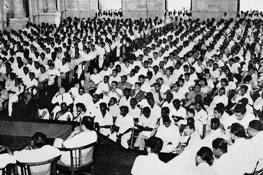 More than 1,000 people who attended the inaugural meeting of the PAP at the Victoria Memorial Hall on Nov 21, 1954. -- PHOTO: ST PRESS