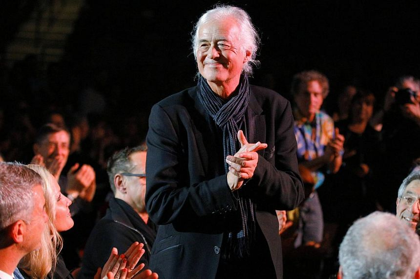 Guitarist Jimmy Page of the band Led Zeppelin is introduced during the Berklee College of Music Commencement Concert in Boston, Massachusetts on May 9, 2014. -- PHOTO: REUTERS
