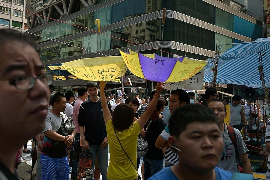 Protesters at Mong Kok on Oct 11, 2104. -- ST PHOTO: KUA CHEE SIONG
