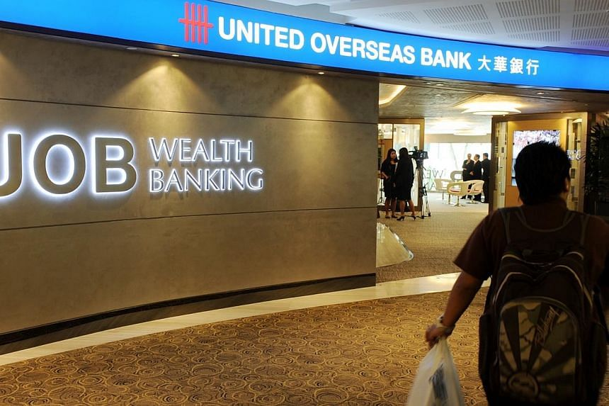 United Overseas Bank (UOB) has launched a new investment tool in a bid to get more customers to invest instead of leaving their money in deposit accounts. -- PHOTO: ST FILE