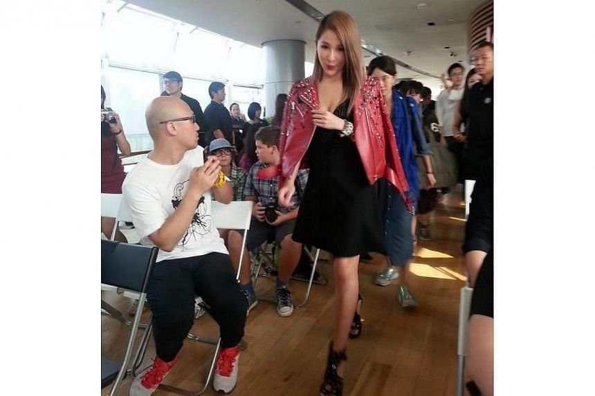 Taiwanese singer Elva Hsiao waltzed in fashionably late for the press event in Singapore on Thursday. -- ST PHOTO: GWENDOLYN NG