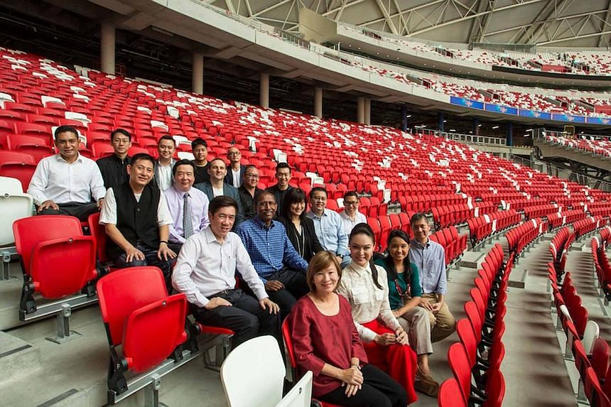 The organising committee of the Sing50 concert planned for August 7, 2015 at the National Stadium. The co-chairmen are The Business Times editor Alvin Tay (third row from the top, nearest camera) and The Straits Times deputy editor Alan John (in blue