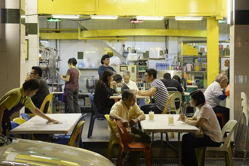 Chinese Muslim Feroz Mak opened Mak's Place as he found it hard to find good halal Chinese food when eating out.