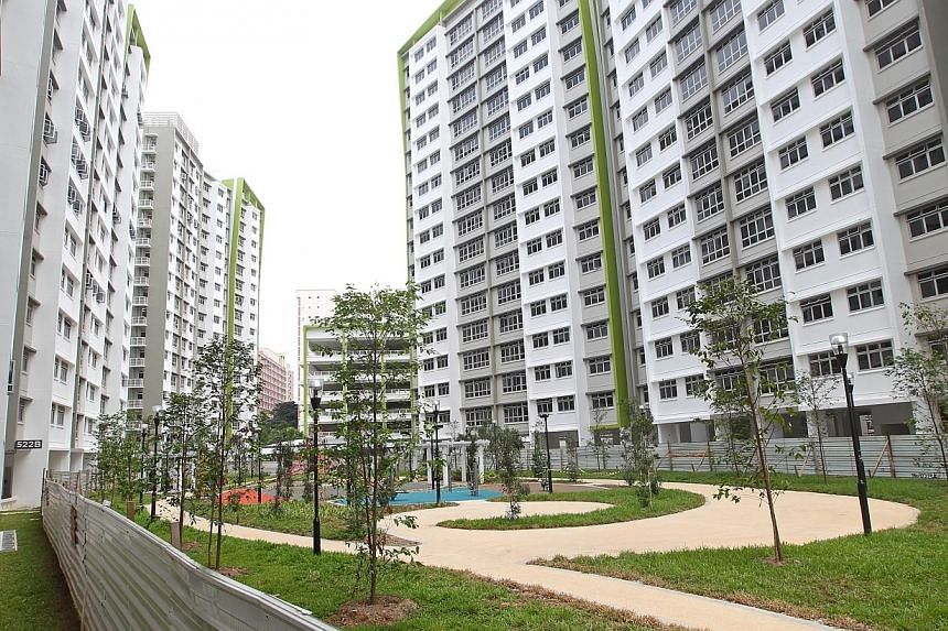 The Government will continue to reduce the number of new Build-to-Order (BTO) flats, launching 25 per cent fewer next year, said National Development Minister Khaw Boon Wan in a blog post on Monday evening. Families will also get more help to live cl