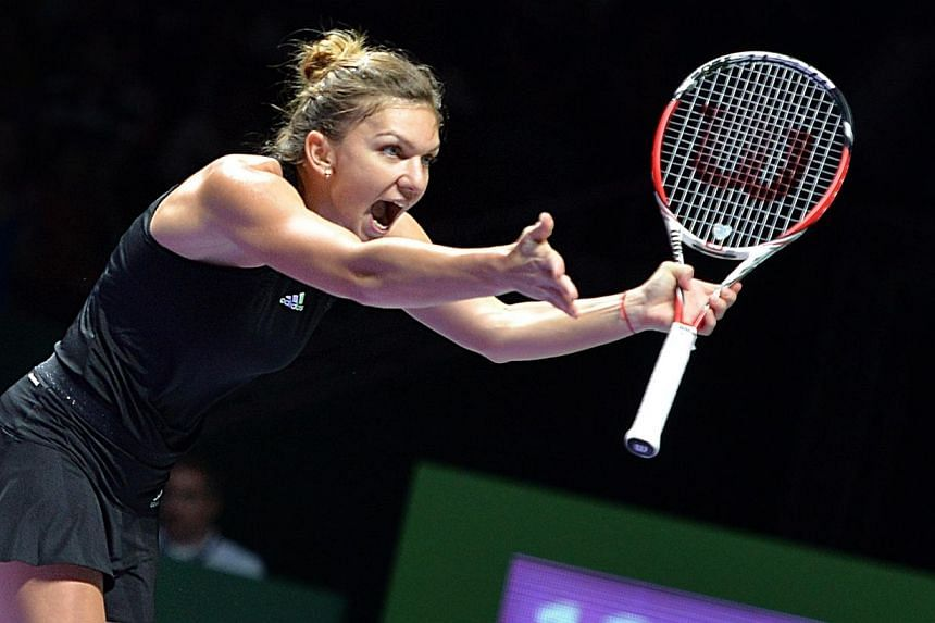 BNP Paribas WTA Finals Singapore presented by SC Global, Day 3 match between Simona Halep vs Serena Williams at the Singapore Indoor Stadium on Oct 22, 2014. -- ST PHOTO: JEREMY LONG