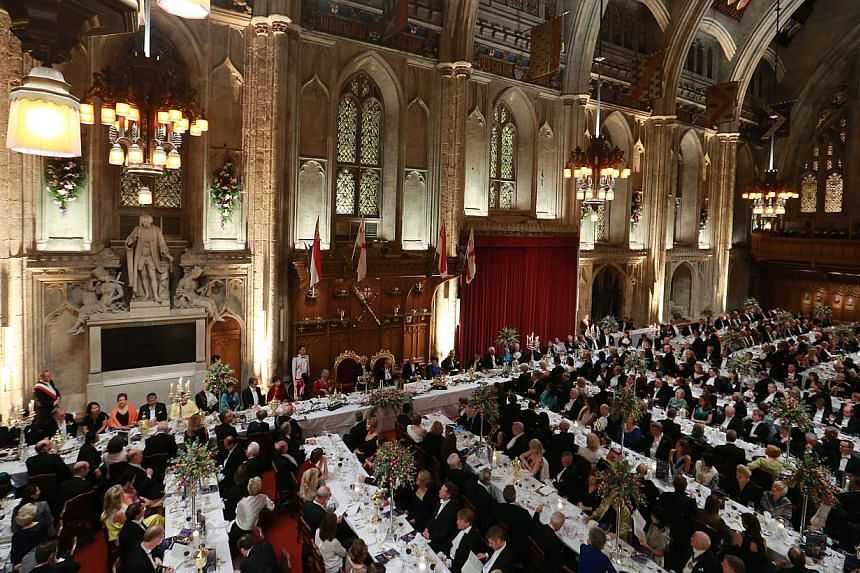 The City of London gave a glittering banquet in Dr Tan's honour on Wednesday in the historic Guildhall, famed for being the setting for banquets in honour of royalty and world leaders. -- PHOTO: LIANHE ZAOBAO