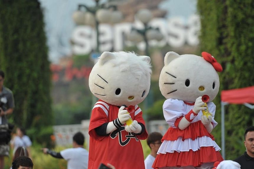 The world's most beloved mouthless feline, Hello Kitty, celebrated her 40th birthday Saturday morning - with more than 17,000 race participants turning up for the inaugural Hello Kitty Run Singapore held in Sentosa. -- PHOTO: PINK APPLE