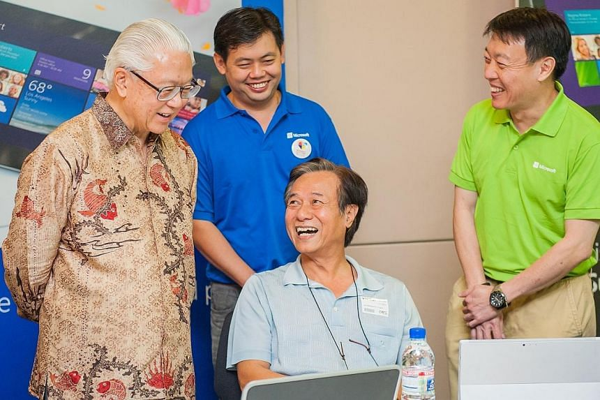 President Tony Tan visiting the IT Workshop at the We Tech Care Open House. -- PHOTO: MICROSOFT SINGAPORE