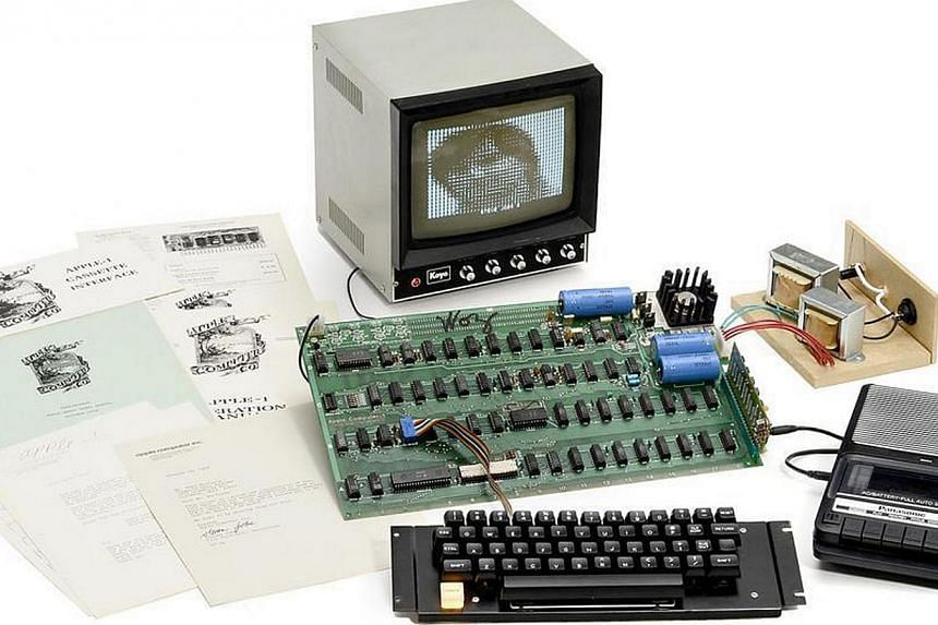 Components that make up the Apple-1 computer, created in the Steve Jobs family garage in Los Altos. -- PHOTO:AUCTION TEAM BREKER