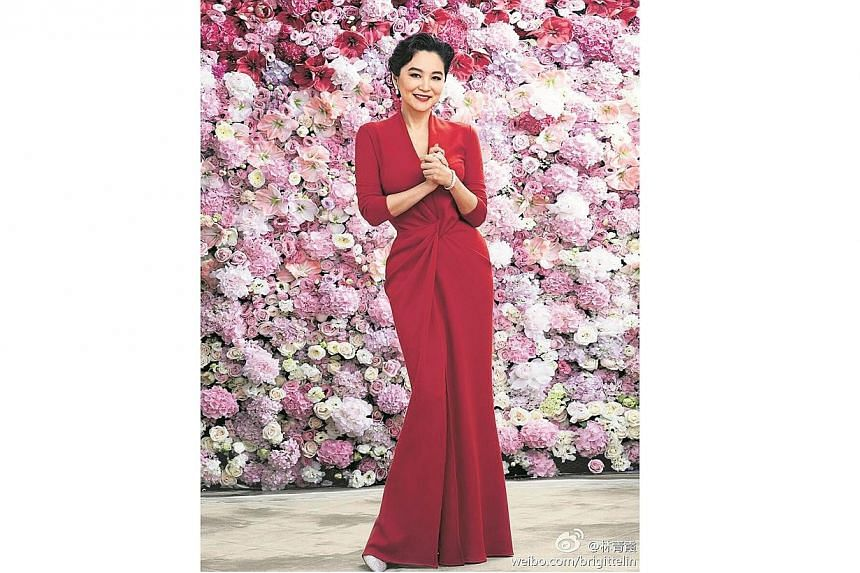 Lin Ching-hsia shared a photo of herself at her party on Weibo. -- PHOTO: BRIGITTE LIN/WEIBO.COM