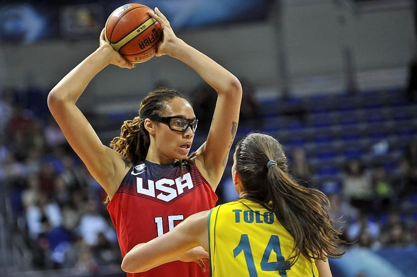 USA's Brittney Griner (left) challenges Australia's Marianna Tolo during the 2014 FIBA Women's World Championship semi-final basketball match between Australia and USA at the Fenerbahce Ulker Sports Arena in Istanbul on Oct 4, 2014.US women's b