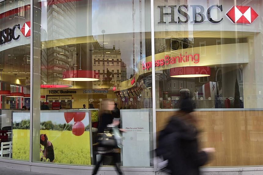 Britain's main banks, including HSBC and Barclays, will face a formal investigation into their dominance of services offered to individuals and businesses, the country's competition watchdog announced Thursday. -- PHOTO: REUTERS