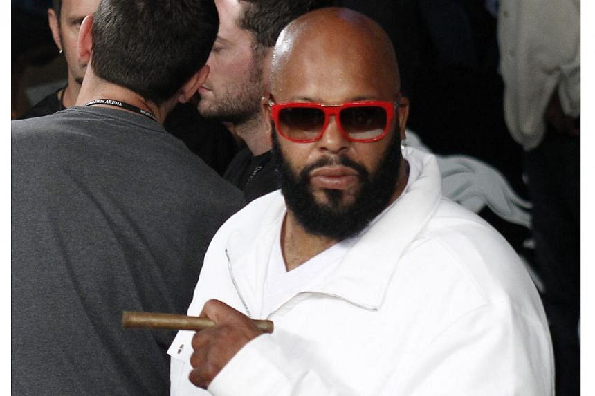 "Notorious rap mogul Marion ""Suge"" Knight pleaded not guilty on Wednesday to stealing a camera from a paparazzi photographer. -- PHOTO: REUTERS"