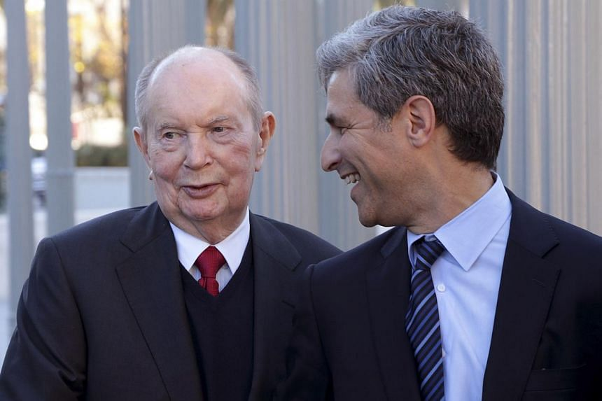 Hollywood mogul Jerry Perenchio (left) and Michael Govan, chief executive and director of the Los Angeles County Museum of Art, pose following a news conference at the museum announcing Perenchio's donation of the largest collection of art in the his