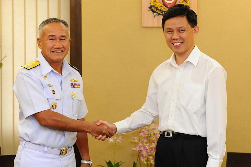 Commander-in-Chief of the Royal Thai Navy Admiral Kraisorn Chansuvanich (left) and Second Minister for Defence Mr Chan Chun Sing. -- PHOTO: MINDEF