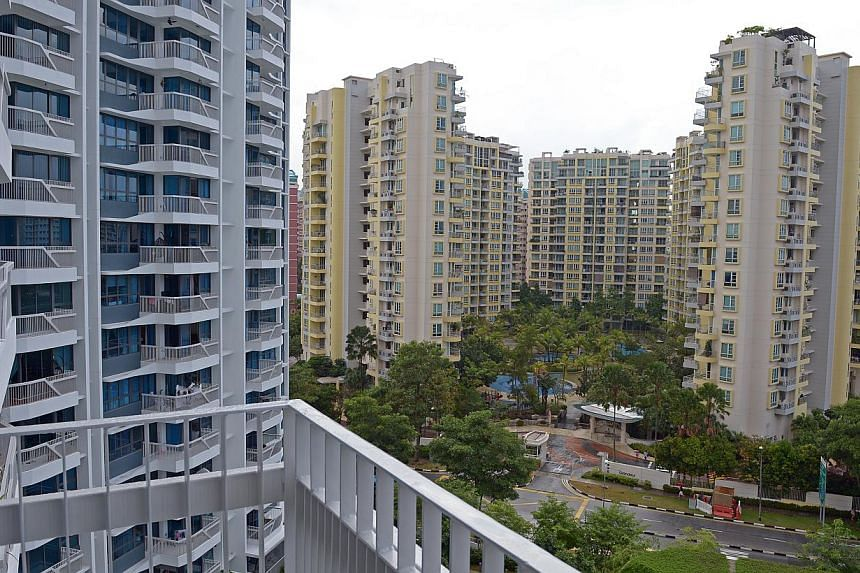 Condominiums at Pasir Ris Drive 1. -- ST PHOTO: DESMOND WEE