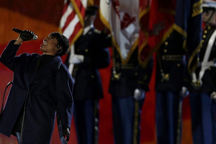 Singer Jennifer Hudson performs the US National Anthem during The Concert for Valor on the National Mall on Veterans' Day in Washington November 11. -- PHOTO: REUTERS