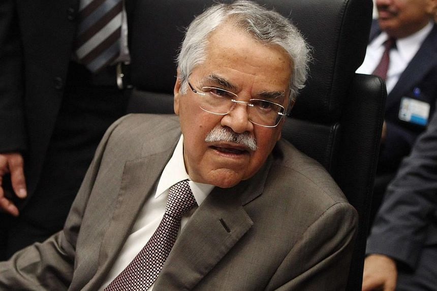 Saudi Arabia's Oil Minister Ali al-Naimi talks to journalists before a meeting of OPEC oil ministers in Vienna on June 11, 2014. -- PHOTO: REUTERS
