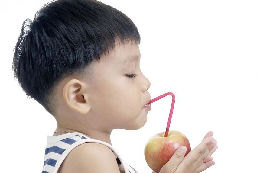 The Health Promotion Board (HPB) says that a glass of juice is not as healthy as you think, because it contains as much sugar as a sweetened drink.-- PHOTO: ISTOCKPHOTO