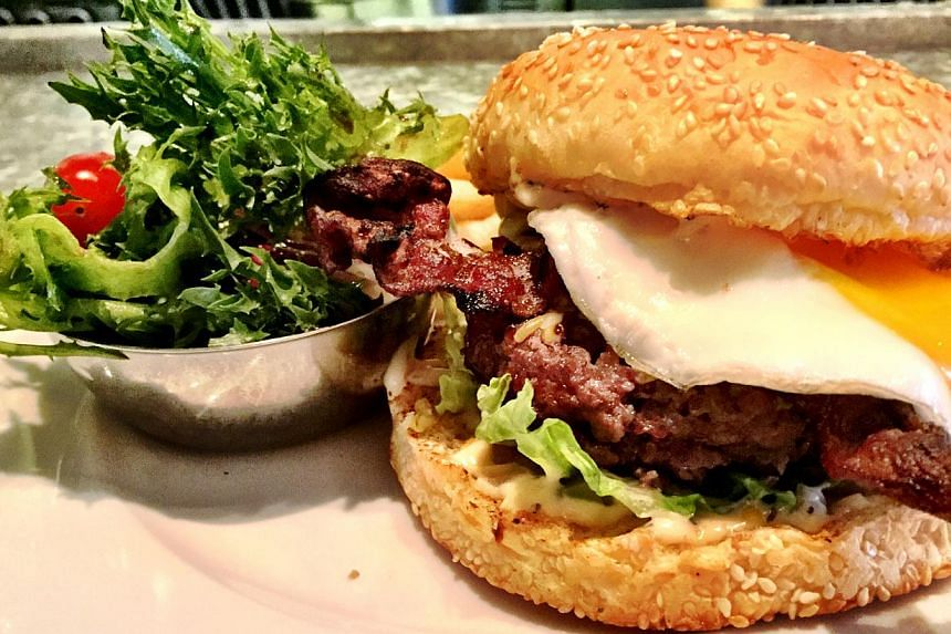 TheCW Breakfast Burger fromThe Market Grill. -- PHOTO:THE MARKET GRILL