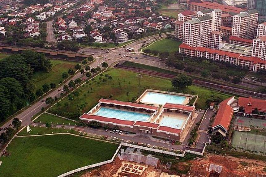 Bishan swimming pool, Bishan new town. -- PHOTO: ST FILE