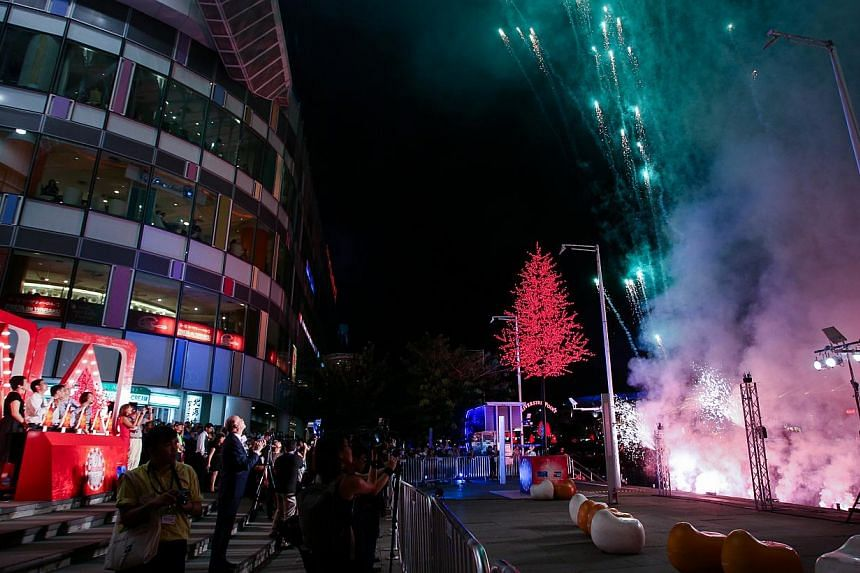 A fireworks display and musical performances helped kick off Singapore River's annual Christmas light-up festival on Friday. -- PHOTO: SINGAPORE RIVER ONE