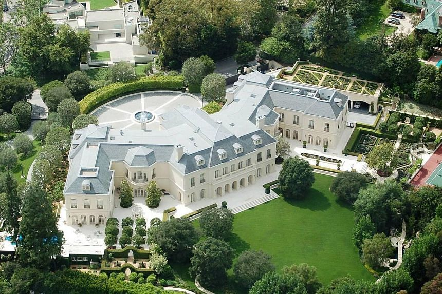 The Manor, Holmby Hills in Los Angeles.-- PHOTO:BILLIONAIRE.COM