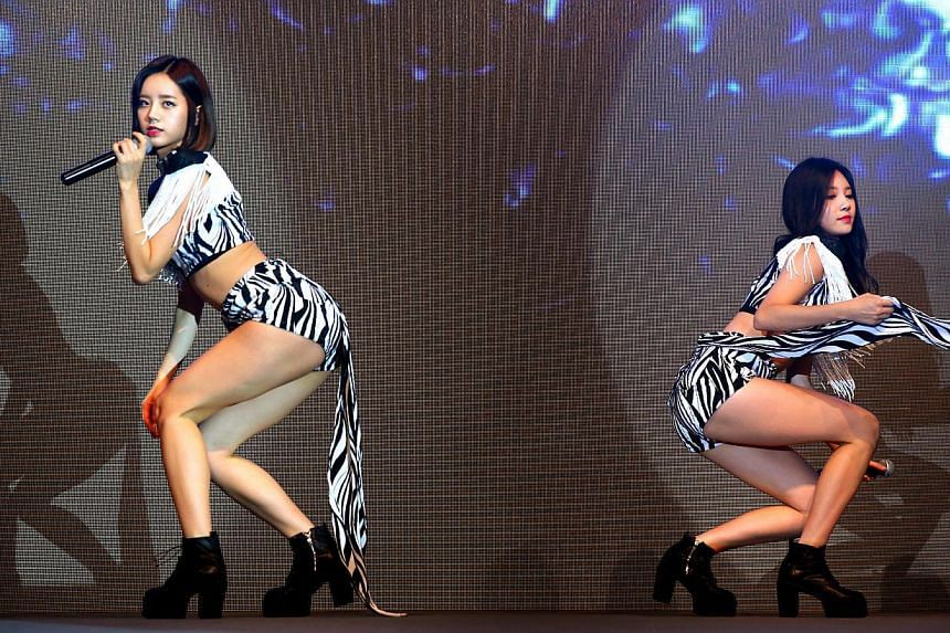 K-pop girl group Girl's Day perform at KStar Fanfest at Marina Bay Sands convention hall on Nov 21, 2014. -- PHOTO: THE NEW PAPER