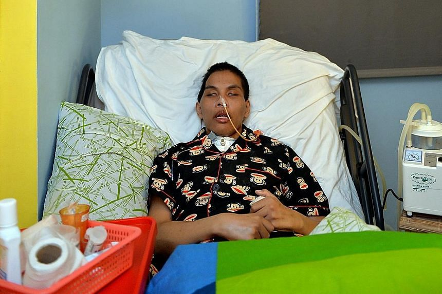 Local boxer Shahril Salim had to undergo an emergency brain surgery on Oct 28, 2012, after collapsing following a group sparring session. -- PHOTO: BERITA HARIAN