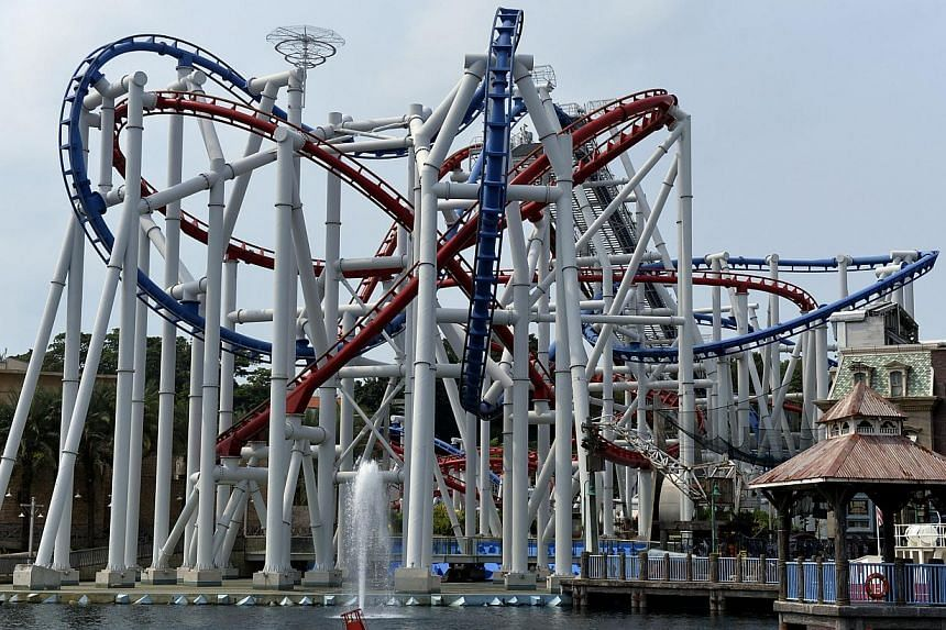 The world's tallest duelling roller coaster will make its comeback with a new design, said RWS. -- PHOTO: ST FILE