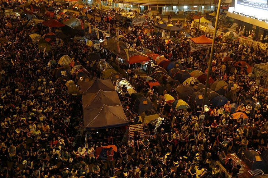 Protesters gather at the legislative council protest site in Hong Kong, November 30, 2014. -- PHOTO: REUTERS