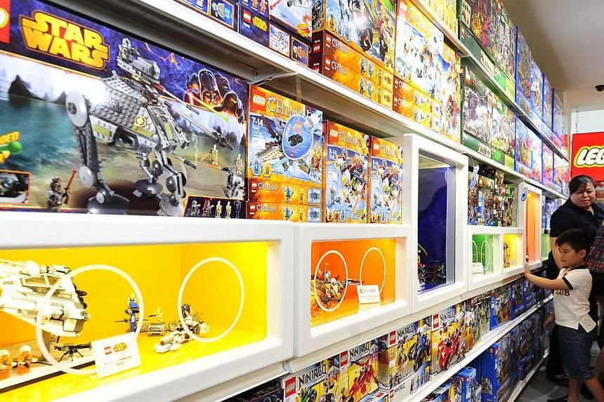 Shoppers at Singapore's first LEGO certified store. -- ST PHOTO: DIOS VINCOY JR