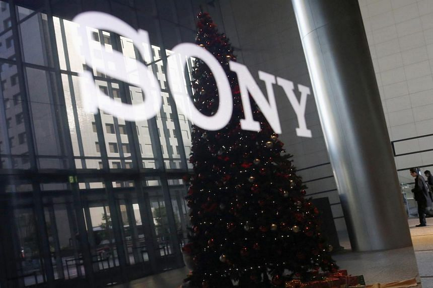 The US Federal Bureau of Investigation warned US businesses that hackers have used malicious software to launch destructive attacks in the United States, following a devastating cyber attack last week at Sony Pictures Entertainment. -- PHOTO: REUTERS