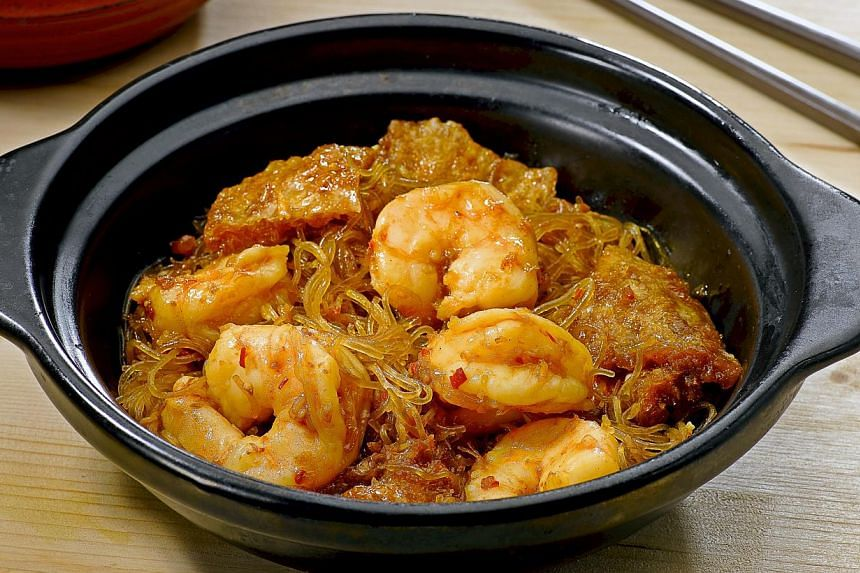Fish Maw And Prawns With Glass Noodles In Homemade XO Sauce is spicy and has plenty of fried fish maw.