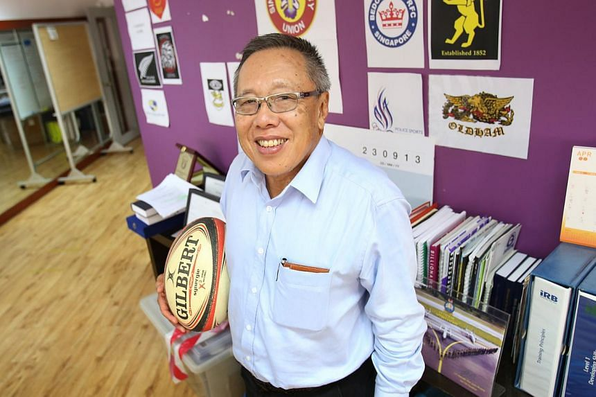 Singapore Rugby Union (SRU) presidentLow Teo Pingreceived a Distinguished Service Award from the Asian Rugby Football Union (Arfu) at its council meeting on Sunday. -- PHOTO: NEW PAPER FILE