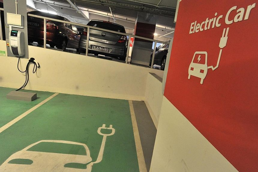 Singapore plans to embark on a 10-year electric car-sharing trial involving up to 1,000 electric vehicles, and charging infrastructure to support their use. -- PHOTO: ST FILE