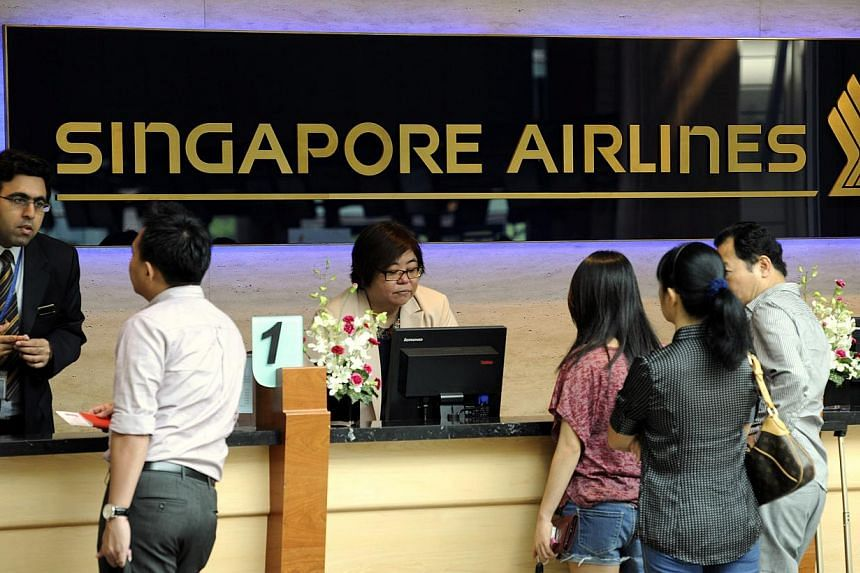 SIA has said that it will honour hundreds of business class fares mistakenly sold at economy rates. The case has raised the issue of where the law stands if items are mistakenly priced online.