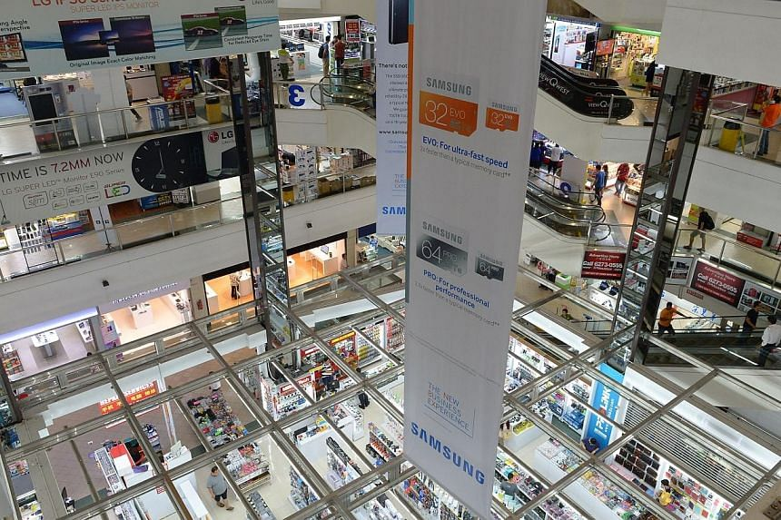 The management council of Sim Lim Square said on Monday it is open to the consumer watchdog's suggestion for shop owners to include a clause in their tenancy agreements, stating that tenants have to observe and comply with all approved by-laws. -- PH