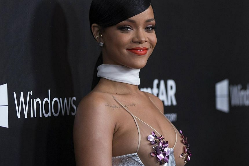 Singer Rihanna poses at the Foundation for Aids Research (amfAR) fifth annual Inspiration Gala in Los Angeles, California Oct 29. -- PHOTO: REUTERS