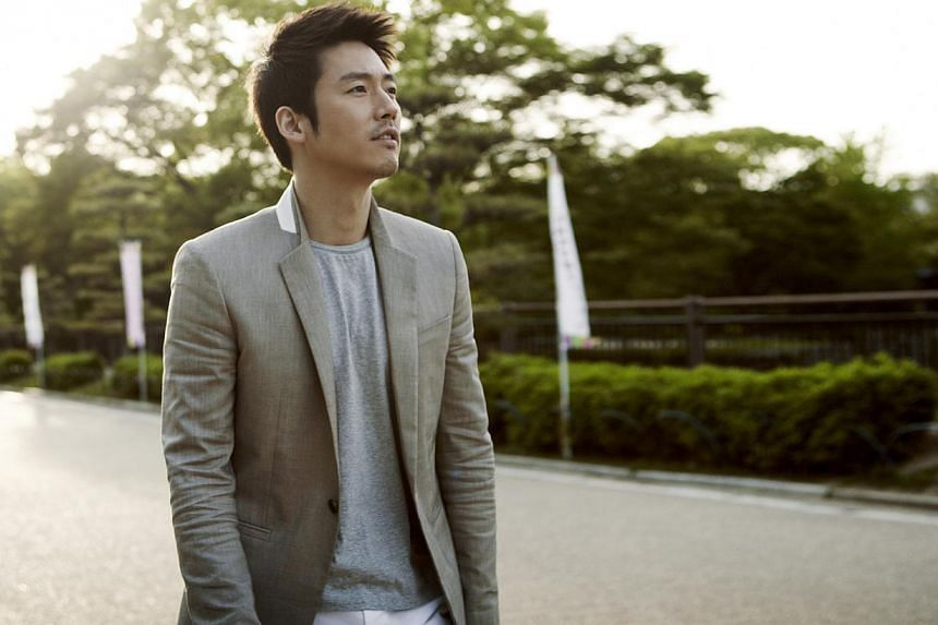 Jang Hyuk (above), a devoted family man in real life, in current drama You Are My Destiny and in The Slave Hunters, for which he won Best Actor at the Korean Drama Awards. --PHOTO: OH!K